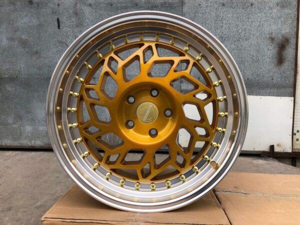 Комплект дисков Regen R18 8.5j ET38 5x114.3 с полкой