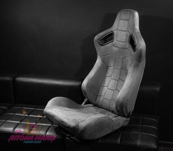 Спортивное сиденье полуковш из алькантары (серый)