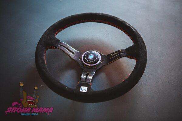 Спортивный руль Nardi Competition Carbon замшевый