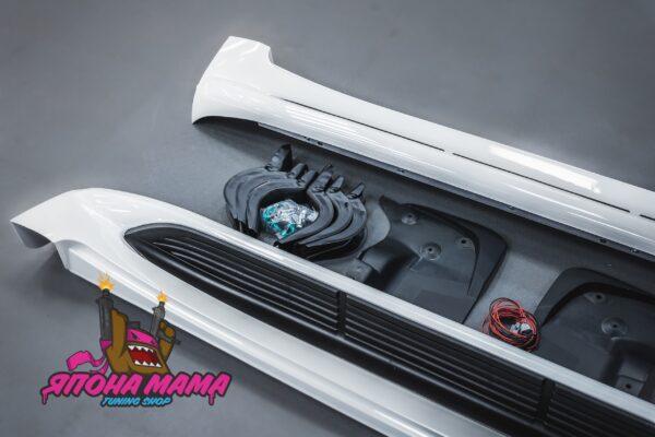 Подножки пороги Land Cruiser 200 с подсветкой