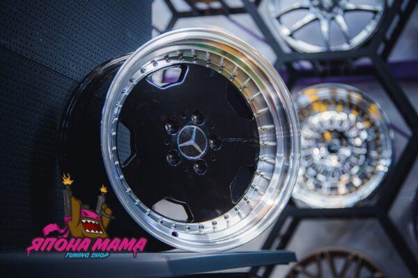 Комплект редких дисков Mercedes benz R17 9.5j ET25 5x112 (черные)